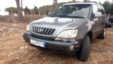 lexus 2003 RX3000 One owner since entered Lebanon. Full autmatic