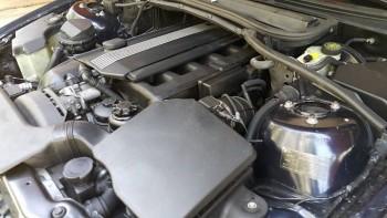 BMW 330IA 2003