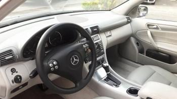 Mercedes Benz C230