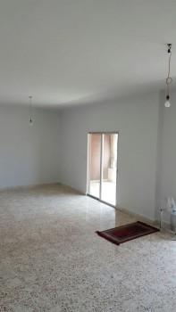 شقة للبيع في برج ابي حيدر