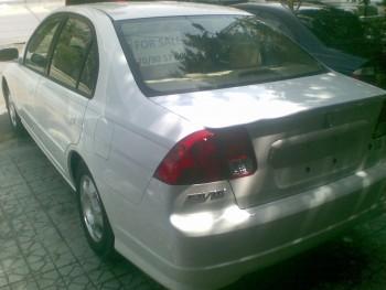2005 honda CIVIC  HYBRID 400 km/20 l