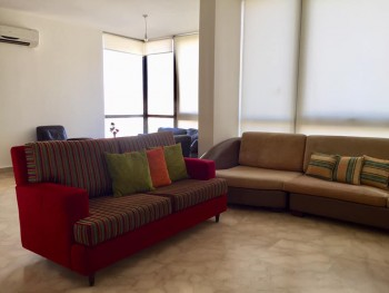 Apartment 200sqm for rent in Achrafieh Shahrouri new building
