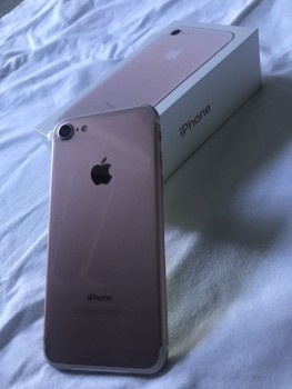 iPhone 7  --$400 - Whatsapp  :: +60167569133